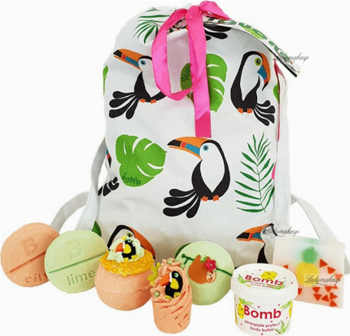 Bomb Cosmetics - Wash Bag Gift Pack - Gift set of cosmetics for bathing and care - Toucan Play At That Game