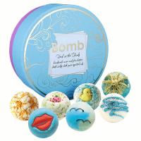Bomb Cosmetics - Head in the Clouds Gift Pack - Zestaw upominkowy z naturalnymi kosmetykami do kąpieli - Głowa w chmurach
