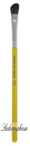 Bdellium tools - Studio Line - Angled Shadow - Eyeshadow Brush - 766S