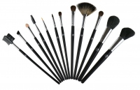 W7 - 12 Piece Professional Brush Set - Set of 12 brushes