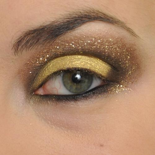 Makijaż Sylwestrowy Złoty Makijaż Oczu Krok Po Kroku