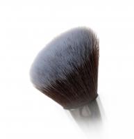 Nanshy - Contouring Brush - Pędzel do konturowania - (Pearlescent White)