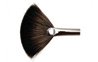 Maestro - Fan brush - 810 - RACCOON