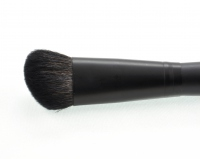 VIPERA - Angled Blusher Brush