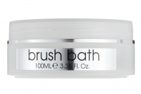 FREEDOM - PRO STUDIO brush bath sanitizing brush cleanser