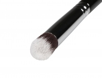 BC - BEAUTY CREW - Brush for applying concealer and powder - BCP-81