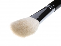 BC - BEAUTY CREW - Brush for blush and bronzer - BCF-32