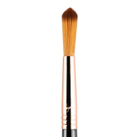 Sigma - E48 Pointed Crease ™ - Brush for highlighter and powder