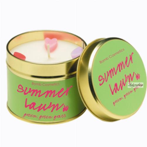 Bomb Cosmetics - Summer Lawn - Green green grass - Ręcznie wytwarzana świeca zapachowa z olejkami eterycznymi - LETNI TRAWNIK