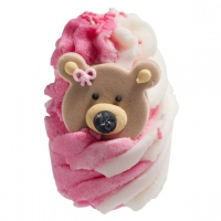 Bomb Cosmetics - Teddy Bears Picnic - Nawilżająca babeczka do kąpieli - TRUSKAWKOWY NIEDŹWIADEK