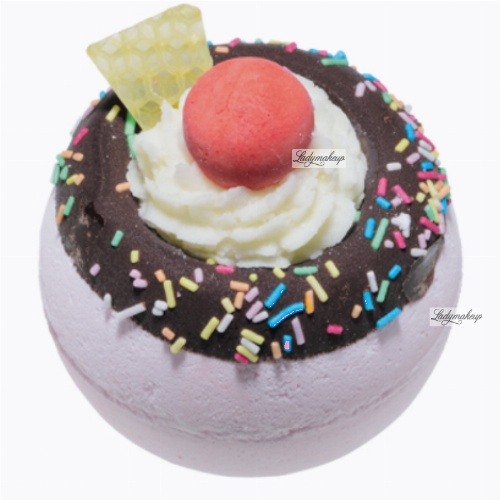 Bomb Cosmetics - Move Over Pavlova - Sparkling bath ball