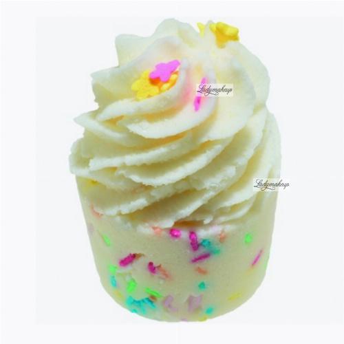 Bomb Cosmetics - Rainbow A Go Go - Kremowa, nawilżająca babeczka do kąpieli - TĘCZA CZA CZA