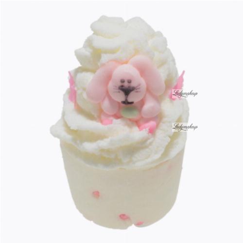 Bomb Cosmetics - Bunny Hop - Kremowa, nawilżająca babeczka do kąpieli - ZAJĄCZEK