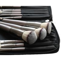 LancrOne - SUNSHADE MINERALS Make-Up Studio Professional - Zestaw 15 pędzli do makijażu w etui