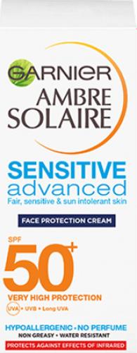 GARNIER - AMBRE SOLAIRE - SENSITIVE Advanced Face Protection Cream - Waterproof Face Protection Cream - SPF50