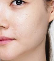 Holika Holika - SLEEK EGG SKIN CLEANSING FOAM - Delikatna pianka myjąca do twarzy - Beige - 140 ml